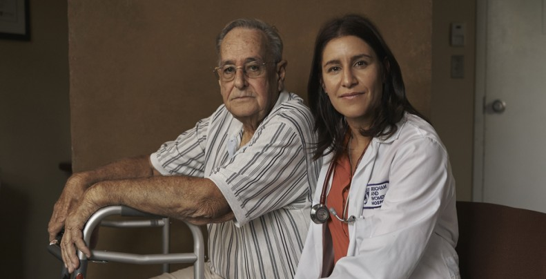 Patient with Doctor -image